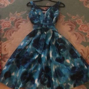 Summer dress by Evan Picone, size 12. Fully lined.